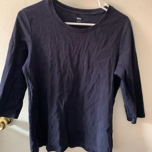 Uniqlo Black Cropped Sleeves top